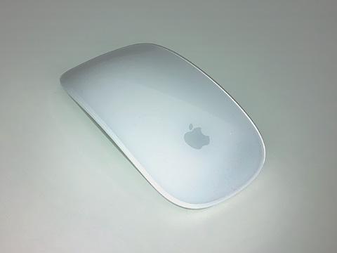 世界初マルチタッチ対応のMagic Mouse